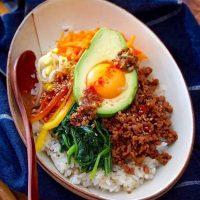 鶏ひき肉を使った簡単レシピ特集!ダイエットにも人気のボリューム料理をご紹介