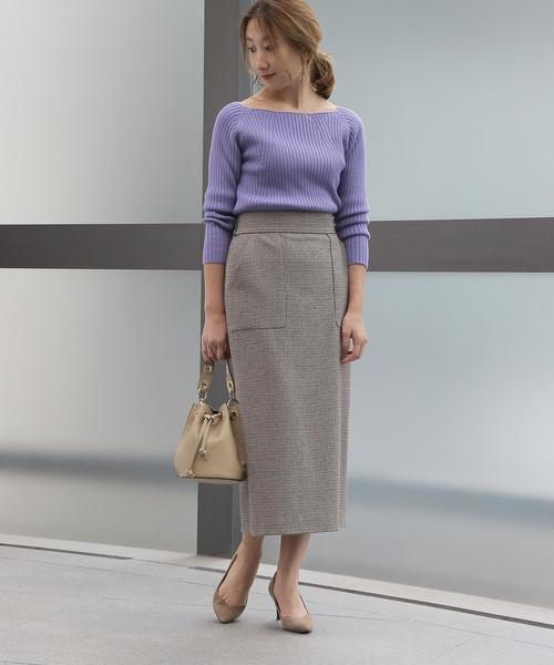 リブニット×ポケット付きタイトスカート