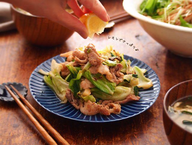 簡単な和食に!豚こまとキャベツのレモポン炒め