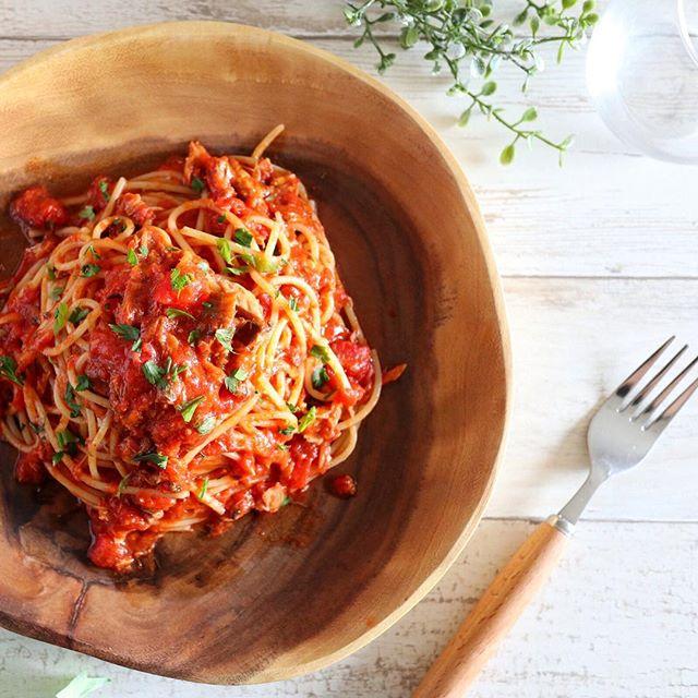 人気のおすすめレシピ!絶品さば缶トマトパスタ