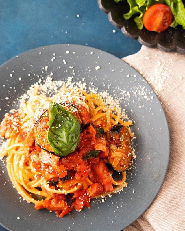 人気のレシピ!ナスとベーコンのトマトパスタ