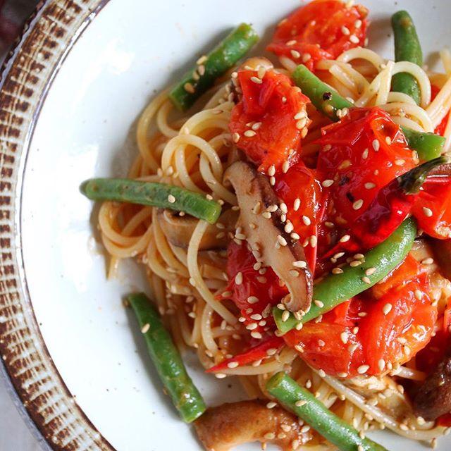 人気のレシピに!彩り野菜の絶品オイルパスタ