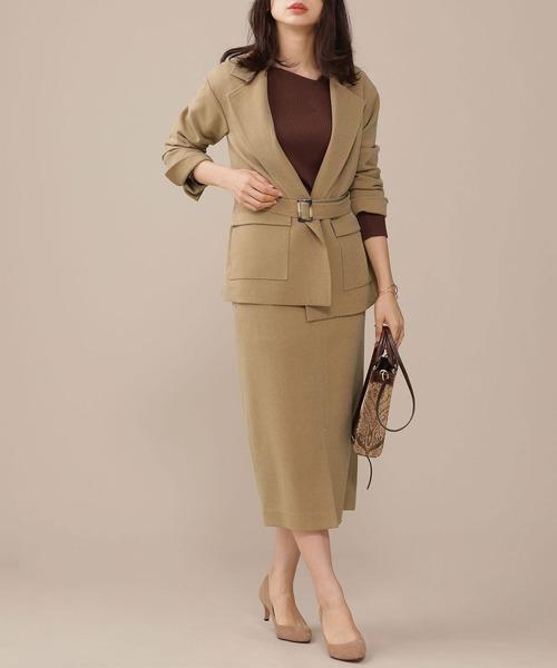 ベルテッドジャケット×ミモレ丈スカート