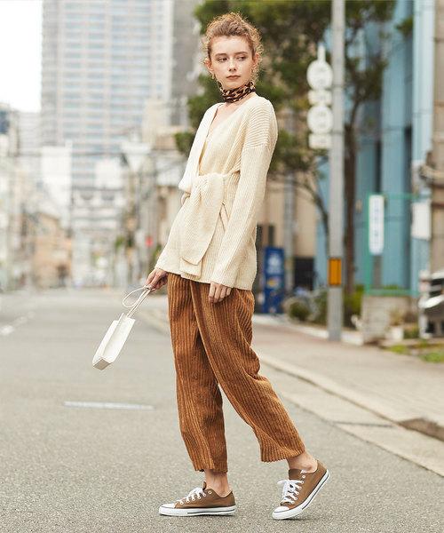 大人女性の秋の旅行コーデ《パンツ》3