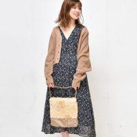 秋の花柄ワンピースコーデ【2020最新】大人の女性に似合う着こなし方は?