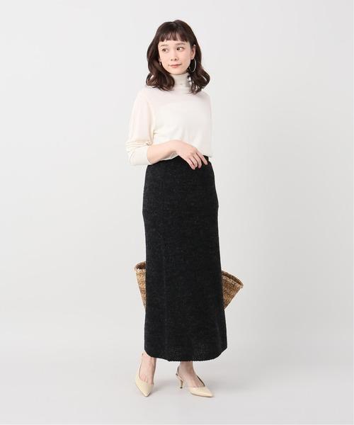 引き締め感◎黒のニットタイトスカート