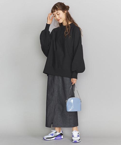 ドルマン袖ニット×ロングタイトスカート