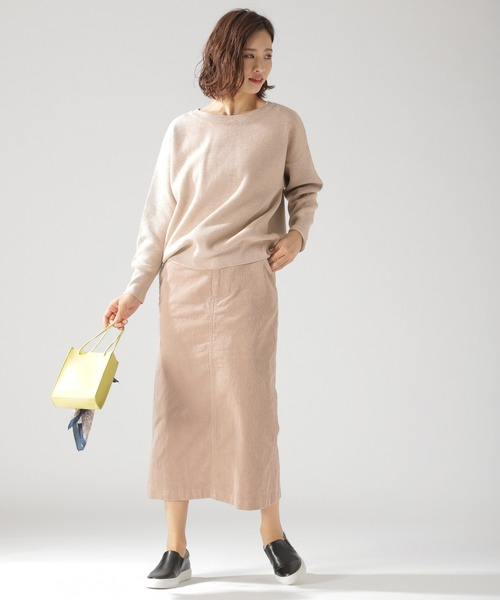 ルーズニット×コーデュロイロングスカート