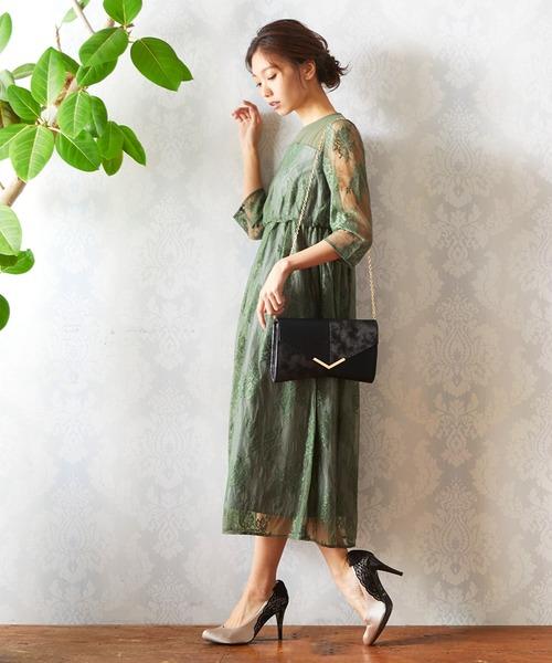 2.顔合わせの後の予定を考慮した女性の服装