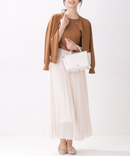 スカートを使ったレディースファッションLIST