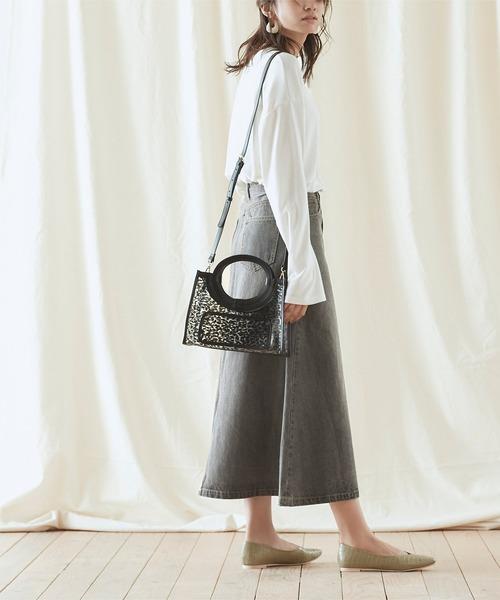 デザインバッグ×フレアロングスカート