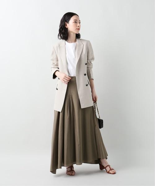 ジャケット×フレアカーキスカート