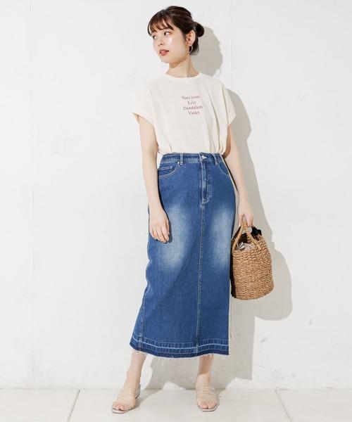 シンプル半袖T×デニムロングスカート