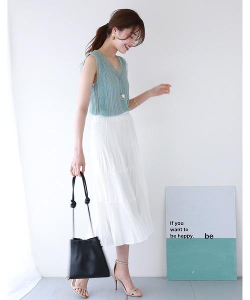白スカートの映えコーデ