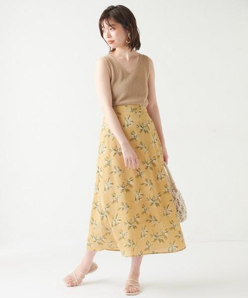 ノースリーブニット×マーメイドスカート
