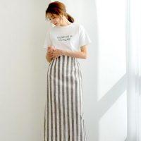 ストライプスカートコーデ【2020】大人女性のさわやかファッションが完成♪