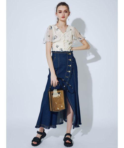 フリル袖花柄ブラウス×デニムフレアスカート