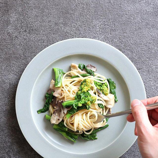 人気レシピ!菜の花とあわび茸のオイルパスタ