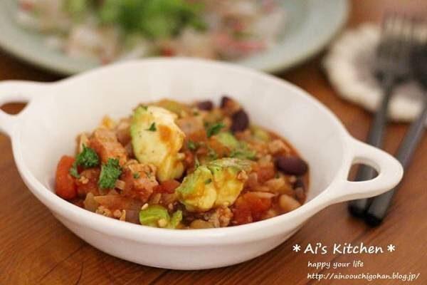 ピリ辛が美味しい洋食の人気料理!チリコンカン