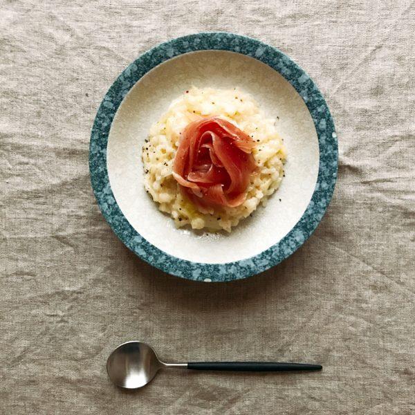 簡単レシピでリッチ感♡生ハムとキャベツのリゾット