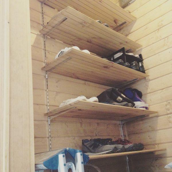 靴箱DIYアイデア《ラダーシェルフ》
