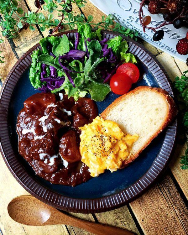 牛肉の簡単圧力鍋ビーフシチュー