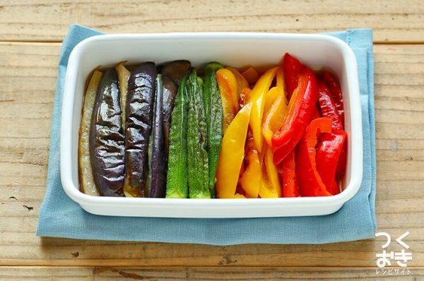 カラフル夏グルメ!夏野菜の焼きびたし