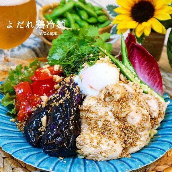 人気料理の冷たい麺レシピ!よだれ鶏冷麺