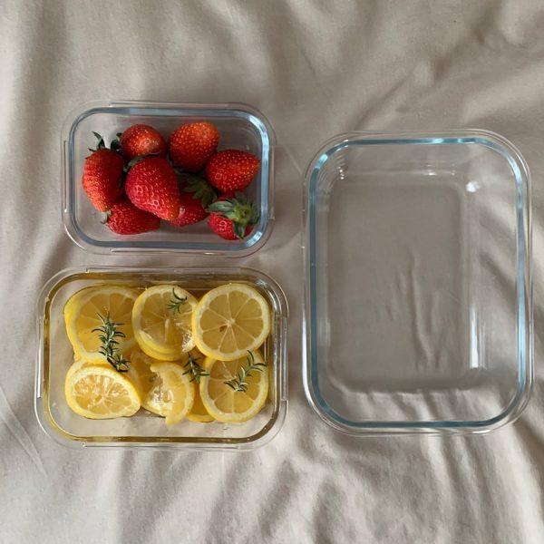 食卓に馴染むガラス容器