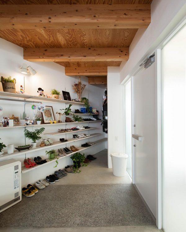靴箱DIYアイデア《ディスプレイ》3