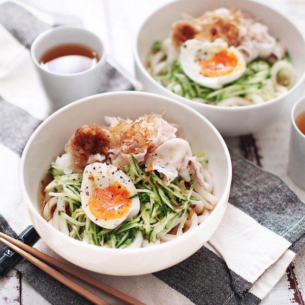 冷たい簡単のっけ麺レシピ!豚しゃぶうどん