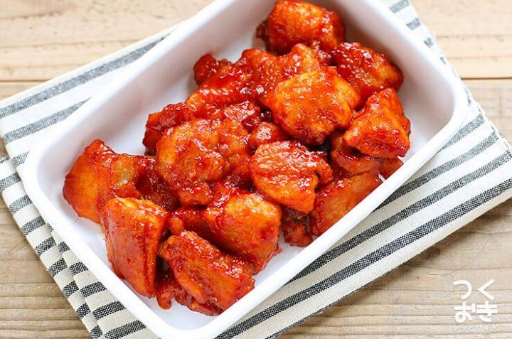 ヤンニョムチキン(韓国風ピリ辛から揚げ)