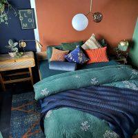 ベッドシーツの色で寝室の雰囲気が変わる♪カラー別おしゃれな寝室インテリア