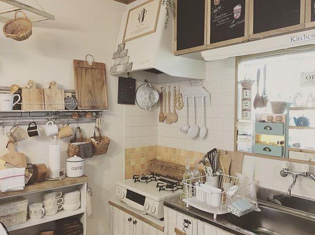 カフェ風キッチンにセルフリノベーション