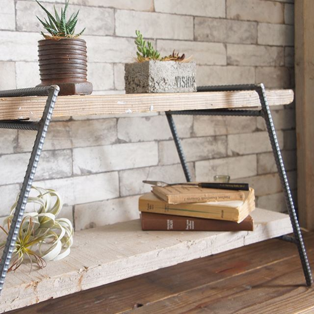 デザイン性の高い家具8