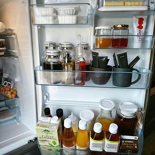 冷蔵庫のドアポケット収納《チューブ》