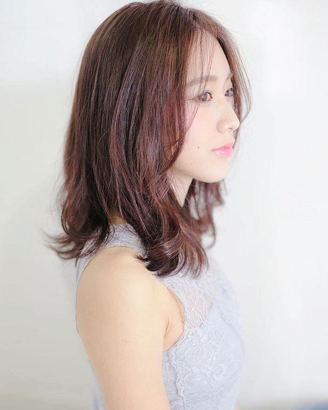 明るめのモーブピンクの髪色