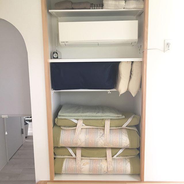 季節の掛け布団の収納の方法とアイデア