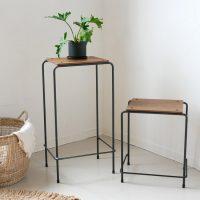懐かしい雰囲気のレトロ家具♪素朴で可愛らしい「スツール」