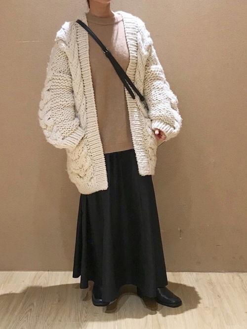 【北海道】10月におすすめの服装《スカート》15