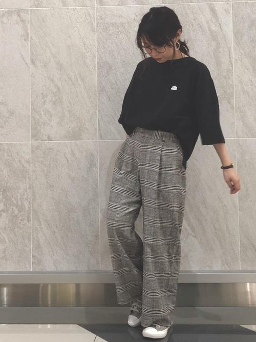 福岡 10月 服装 パンツ4