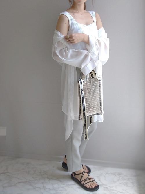 ユニクロ トップス 大人ファッション