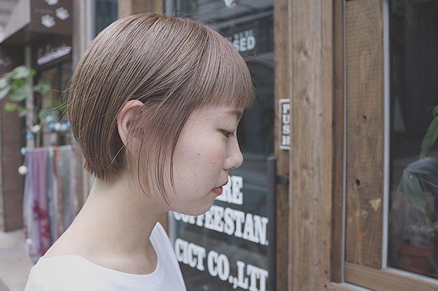 ショートヘアに合う夏の髪色2