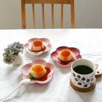 料理作りもお洒落なテーブルコーディネートも♪「ル・クルーゼ」を使えば上手くいく!
