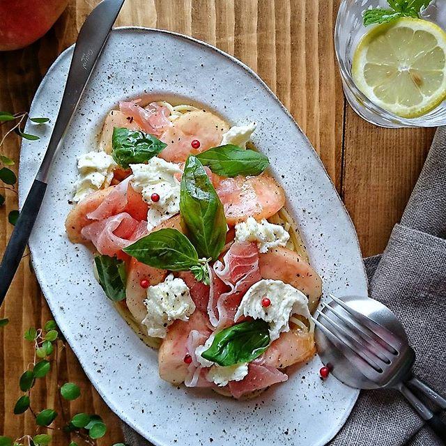 冷たいレシピ!桃モッツァレラの冷製パスタ