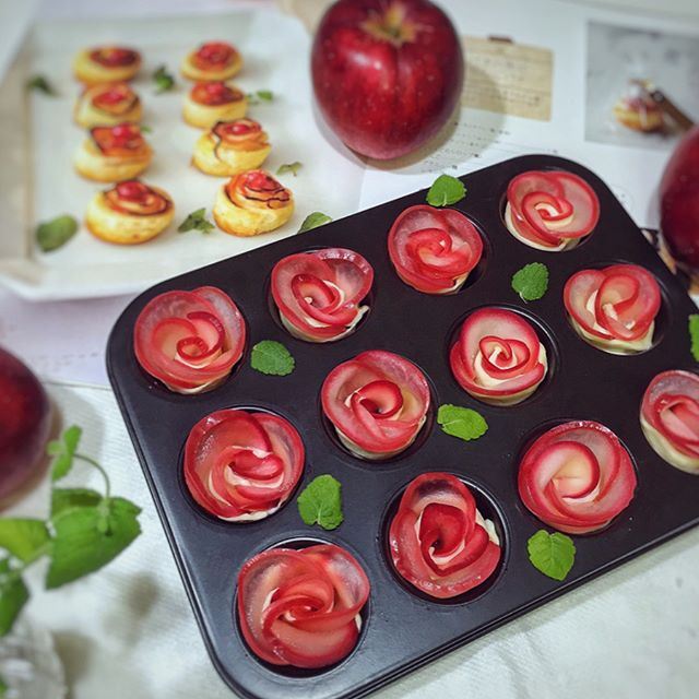 マフィン型で作るバラのアップルパイ