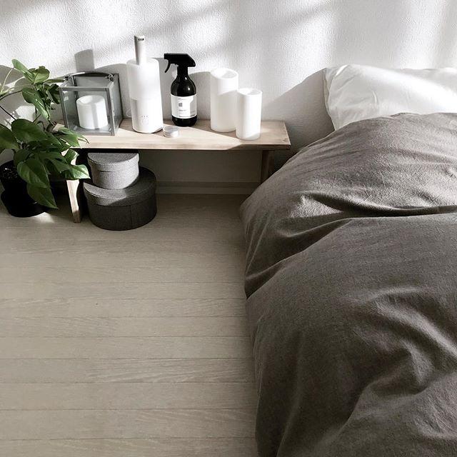 余計なものは置かない寝室