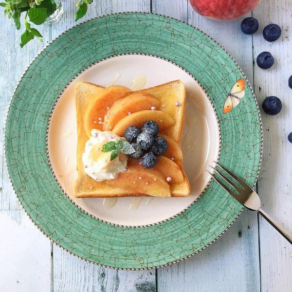 美味しい桃アレンジレシピ!トースト