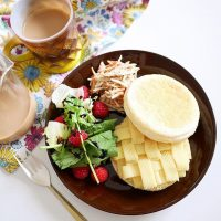 イングリッシュマフィンのアレンジレシピ特集!朝食にもおやつにも美味しいメニュー♪