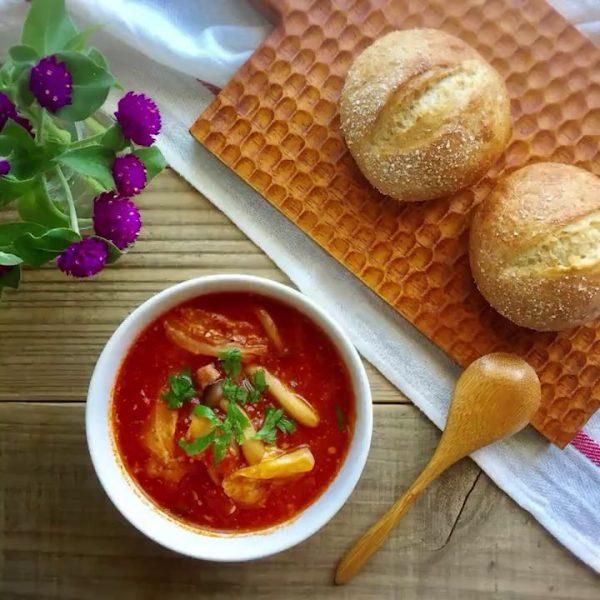 朝食に!キャベツとベーコンのトマトチーズスープ